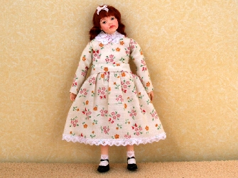 Dolls House Dolls and Resin Figures